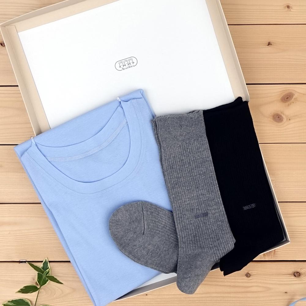 消臭機能付きインナーシャツと靴下セット